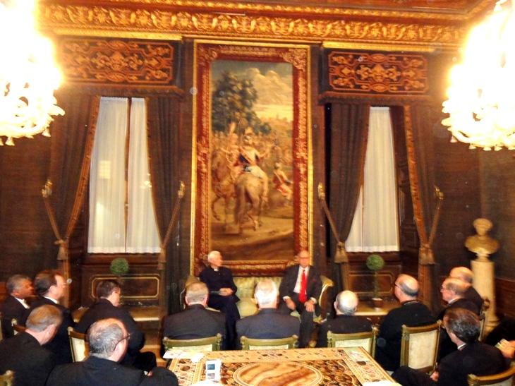 Diálogo franco: O Embaixador Luiz Filipe conversou uma hora com os bispos