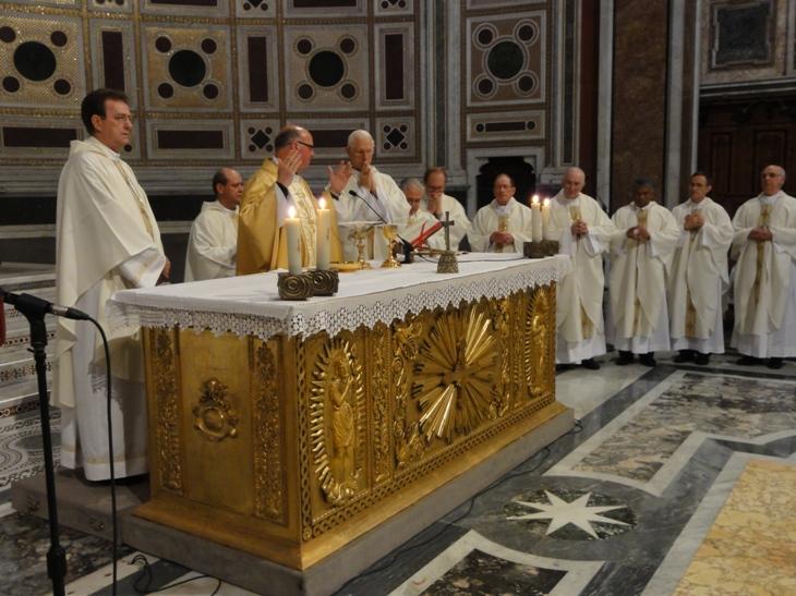 Dom Mauro presidiu: Foi a missa de encerramento. Passamos pelas 4 maiores Basílicas
