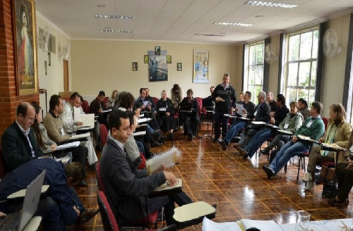 Coordenadores diocesanos, pastorais e organismos eclesiais constroem juntos o Plano Regional